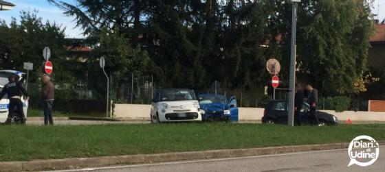 Uno dei due incidenti che si sono verificati nella mattina del 26 ottobre a Udine