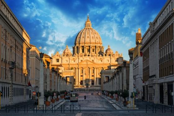 La basilica di San Pietro a Roma (© Shutterstock.com)
