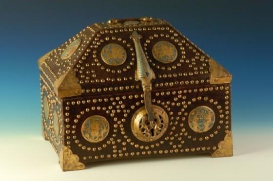 Cofanetto in smalti del XIII secolo, gioiello medievale dell'oreficeria limosina