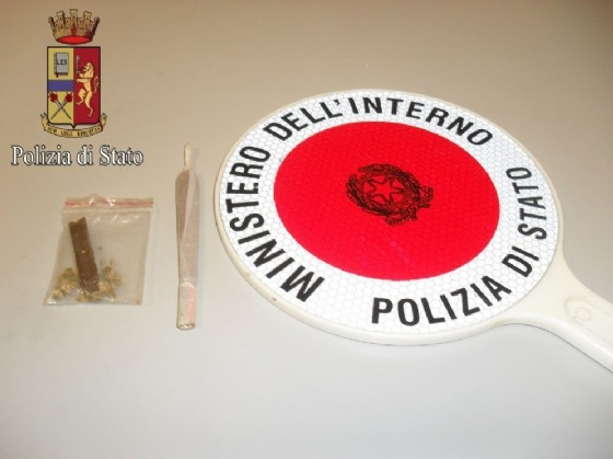 La droga trovata dagli agenti della Questura di Biella