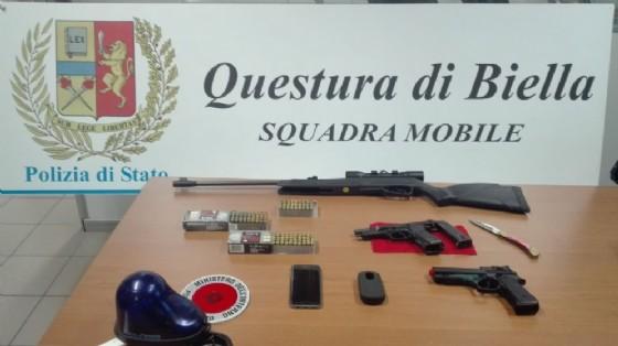 Armi e munizioni sequestrate dalla Polizia di Stato
