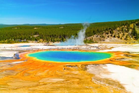 Un geyser nel Parco di Yellowstone