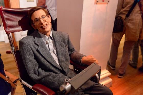 Stephen Hawking ritiene che l'umanità scomparirà a causa della prigrizia (© Anton Ivanov | shutterstock.com)