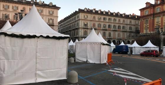 Chiude tra le polemiche il mercatino di piazza Statuto (© Diario di Torino)