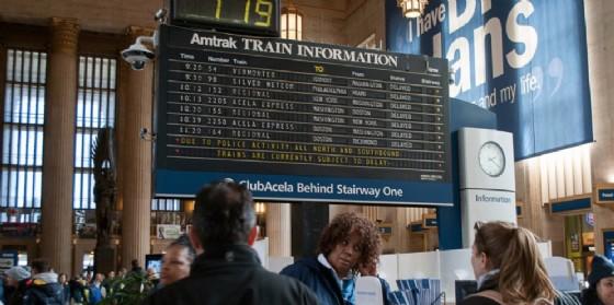 nUno degli orologi Solari nella stazione di Philadelphia