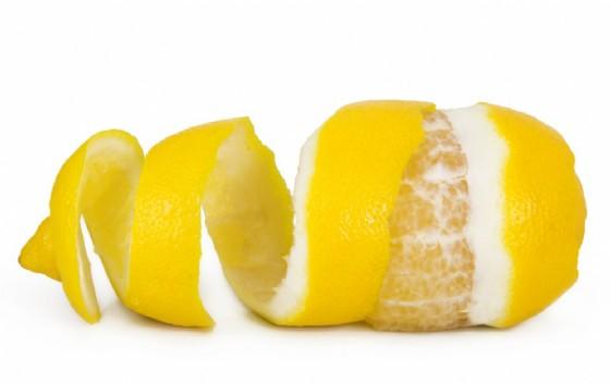 Bucce di arancia e bucce di limone come recuperare gli scarti (© Ninell | Shutterstock)