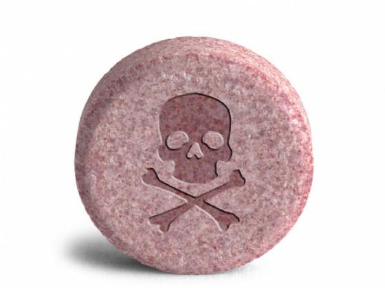 Anoressia, farmaci anoressizzanti vietati ma acquistabili in farmacia: scandalo su ministero Salute