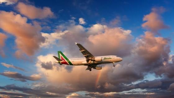 Alitalia sospende la tratta Fiumicino-Malpensa.