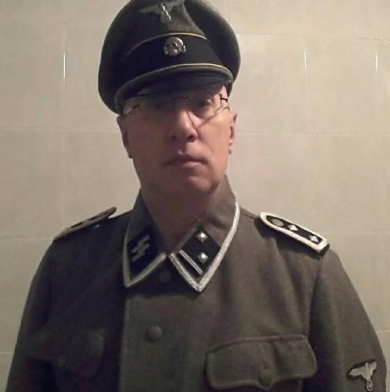 Il Comandante della Polizia Locale di Biassono con la divisa delle SS