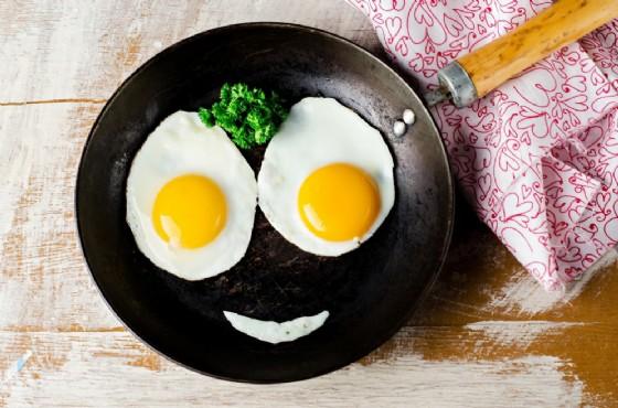 Le uova non fanno venire l'Alzheimer, ma anzi migliorano le funzioni cognitive (© Tanya Stolyarevskaya | shutterstock.com)