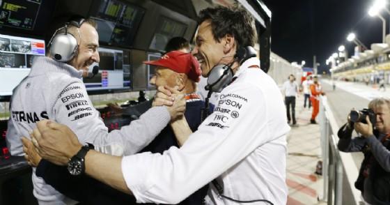 L'ex direttore tecnico Paddy Lowe con il team principal Toto Wolff (© Mercedes)
