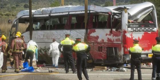 Il bus coinvolto nell'incidente di Tarragona (© Diario di Udine)