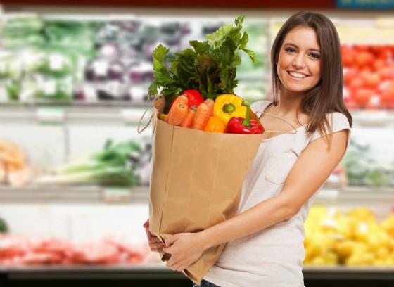 Come fare la spesa risparmiando (© Minerva Studio | Shutterstock)