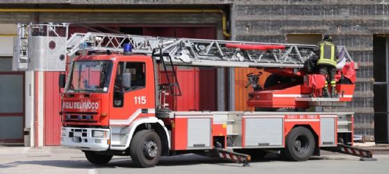 Niente treni da e per Trieste: fiamme sui binari (© AdobeStock | ChiccoDodiFC)