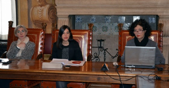 La presentazione del bilancio dello sportello anti mobbing (© Provincia Ud)