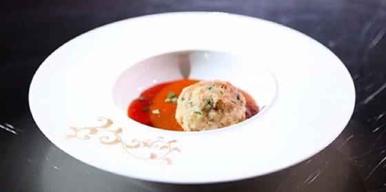 Da Radio Chef, la ricetta Fusion Mari e Monti 'Knodel di folpi in salsa alla busara' (© Radio Punto Zero)