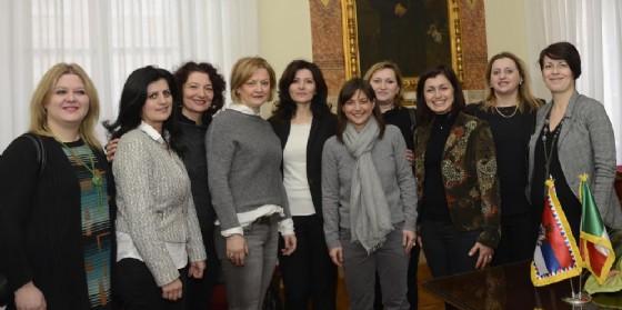 L'incontro di Serracchiani con la comunità serba (© Regione Friuli Venezia Giulia)
