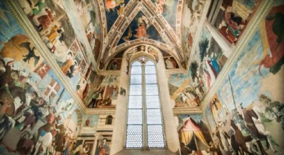 La Cappella Bacci con lo straordinario ciclo di affreschi della Leggenda della Vera Croce (© Pordenonelegge)
