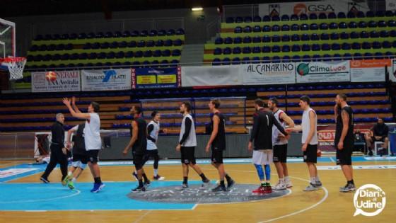 Una delle fasi dell'allenamento di venerdì della Gsa (© Diario di Udine)