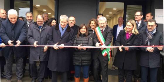Taglio del nastro per la nuova sede E-distribuzione (© Regione Friuli Venezia Giulia)