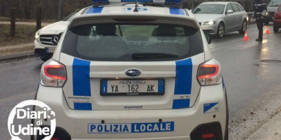 Una pattuglia della Polizia locale (© Diario di Udine)