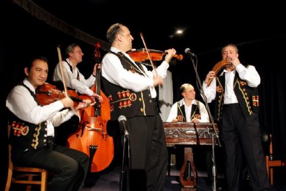 L'Orchestra Tzigana di Budapest (© Ufficio Stampa NISI)
