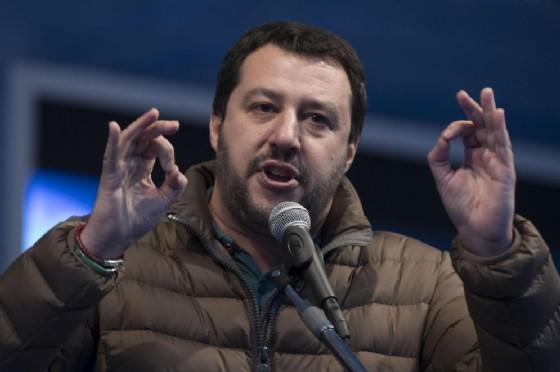 Il segretario della Lega Nord, Matteo Salvini, minacciato da una consigliera comunale di Napoli in vista della manifestazione del Carroccio del prossimo 11 marzo (© ANSA / MASSIMO PERCOSSI)