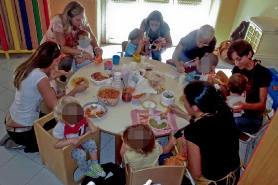 Corsia preferenziale negli asili del Veneto per bambini disabili e per i figli di chi risiede o lavora in Regione da almeno quindici anni (© ANSA/ CIRO FUSCO)
