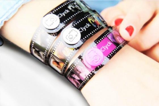 Clyck, la startup che ti fa indossare i ricordi (con un braccialetto) (© Clyck)