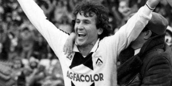 Zico con la maglia bianconera (© Udinese)