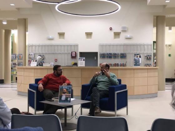 Il giornalista Andrea Formagnana (sinistra) e lo scrittore Enrico Camanni
