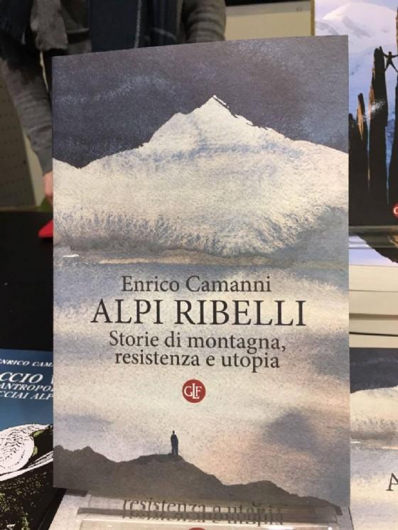 Il libro presentato nella nuova biblioteca civica