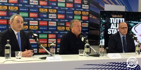 Zico durante la conferenza stampa a Udine (© Diario di Udine)