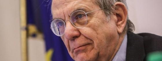 Il ministro dell'Economia, Pier Carlo Padoan. (© Giuseppe Lami | ANSA)