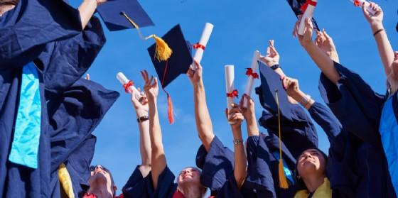 Cerimonia del tocco per i nuovi professori e ricercatori dell'Università (© AdobeStock | shock)