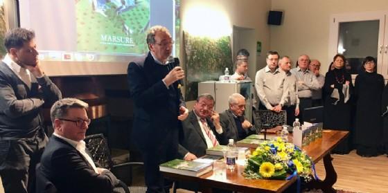 Il vicepresidente della Regione Sergio Bolzonello alla presentazione del volume sulla storia di Marsure (© Regione Friuli Venezia Giulia)