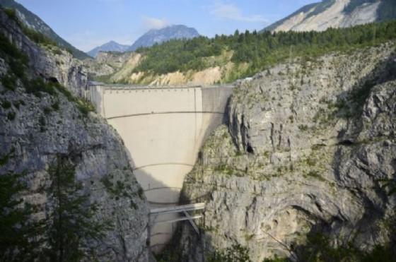 Bolzonello, la diga del Vajont è tra i luoghi più visitati del Fvg (© Adobe Stock)