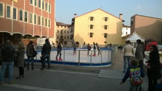 Pista di pattinaggio, sabato l'inaugurazione con il curling (© Comune di Pordenone)