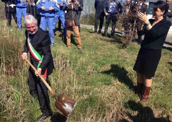 La consegna dei lavori per i dragaggi (© Regione Friuli Venezia Giulia)