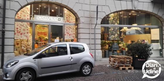 Kasanova apre in centro a Udine e cerca personale