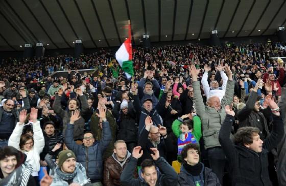 Il pubblico allo stadio Friuli per Italia-Spagna (© Diario di Udine)