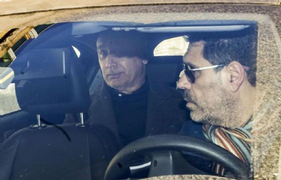 L'imprenditore campano Alfredo Romeo mentre arriva a Regina Coeli, arrestato in relazione a un episodio di corruzione nell'ambito dell'inchiesta Consip (© ANSA/ MASSIMO PERCOSSI)