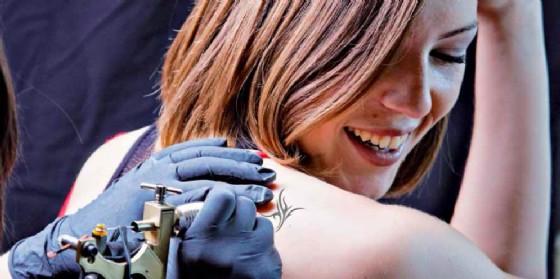 Boom in Fvg per le attività di tatuatori (© Confartigianato Ud)