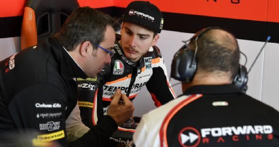 Moto2, a Jerez Oliveira domina la prima giornata di test