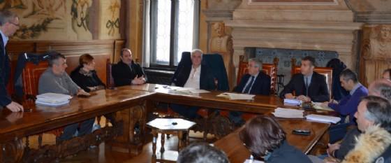 L'incontro tra il presidente Fontanini e i sindaci anti-elettrodotto (© Provincia Ud)