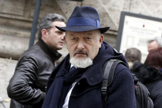 Tiziano Renzi, annuncia di aver lasciato la carica di segretario del Partito democratico di Rignano sull'Arno