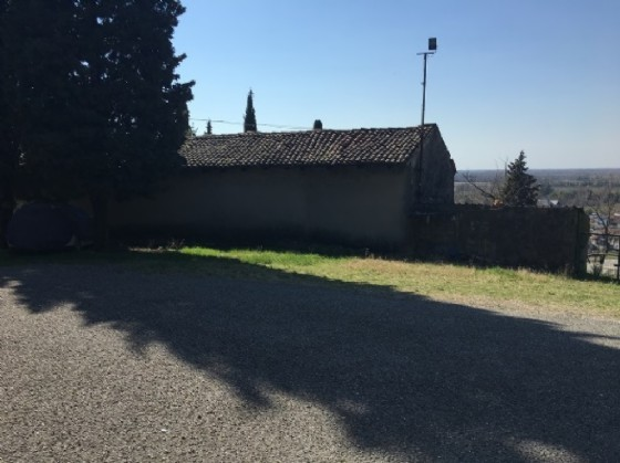La fotografia dell'abitazione che, secondo progetto, dovrebbe diventare Ospitale per i pellegrini