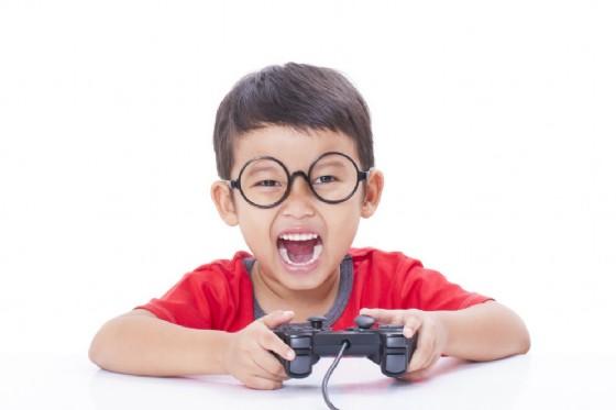 I videogame fanno male alla salute dei bambini (© ilikestudio | Shutterstock)