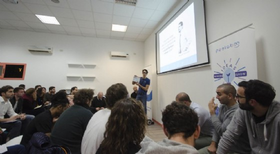 Al via Peekaboo Lean Startup Program (© Peekaboo)