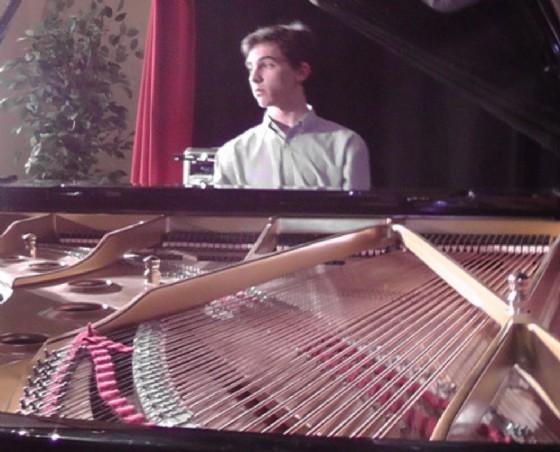"""""""Inside...Emozioni musicali"""" il Recital pianistico di Sebastiano Gubian (© Comune di Romans)"""